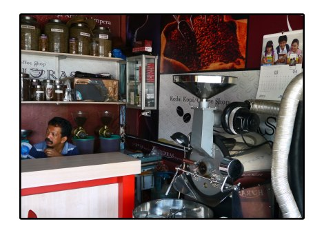 14 - Coffee-shop---Takengon-Indonesia